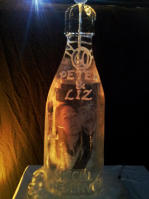 PHOTO CHAMPAGNE BOTTLE ICE SCULPTURE LUGE