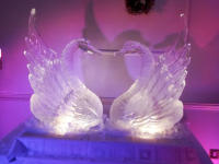 HEART FORMING WEDDING SWANS